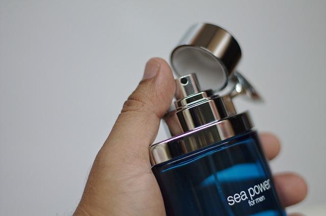 Escoge el perfume de hombre adecuado a su personalidad