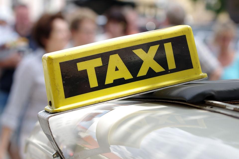taxi-parejas
