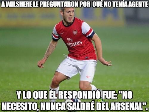 A Wilshere le preguntaron por que no tenia agente. Y lo que el respondió fué: No necesito, nunca saldré del Arsenal.
