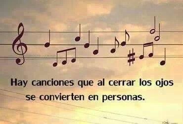 Hay canciones que al cerrar los ojos se convierten en personas.