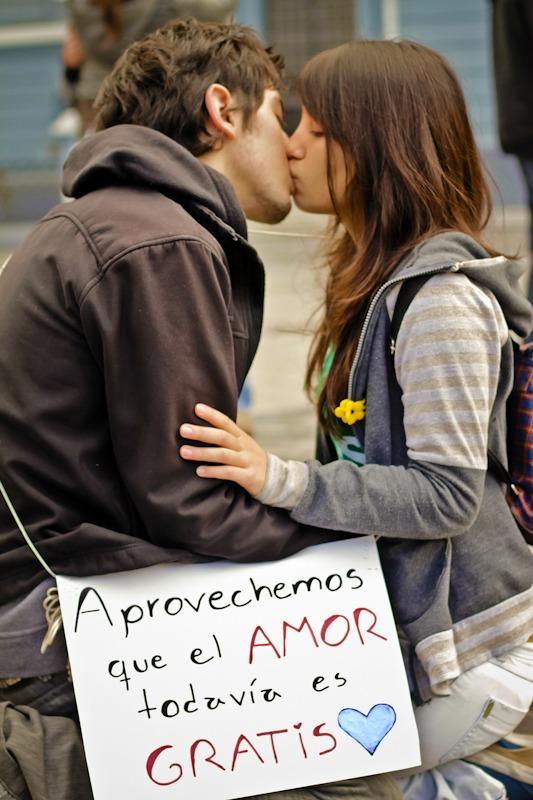 http://www.tnrelaciones.com/informacion/wp-content/uploads/2014/02/aprovechemos-que-el-amor.jpg